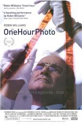One Hour Photo Movie Poster Print (27 x 40) MOVGH1663