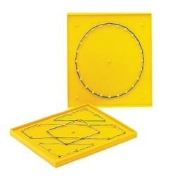 School Smart Double Sided Geoboard with Rubber Bands, 6 x 6 Inches - 091461