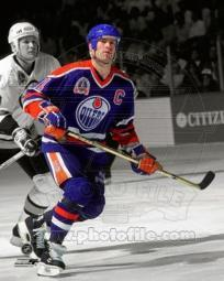 Mark Messier 1990 Stanley Cup Finals Spotlight Action Sports Photo PFSAAOX01501