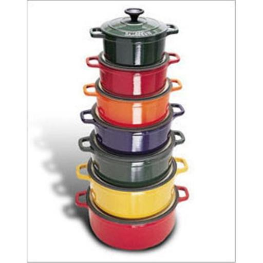 World Cuisine A1737316 Red 1.75 Qt Round Dutch Oven with Lid