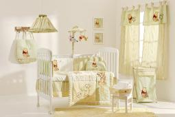 [Pooh Bear In The Field] Crib Bedding Set (4PC Bedding Set + 1 set Curtain)