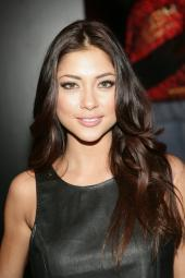 Arianny Celeste In Attendance For 2014 International Ces Consumer Electronics Show - Tue, Las Vegas Convention Center, Las Vegas, Nv January 7, 2014. Photo By: James Atoa/Everett Collection Photo Print EVC1407J05JO049HLARGE
