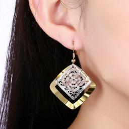 Cádiz Tri Color Diamond Laser Drop Earring in 18K Gold Plated