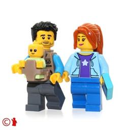 Lego Camper Minifigure Pack: Mom / Dad Parents (with Baby Carrier and Baby) 60202