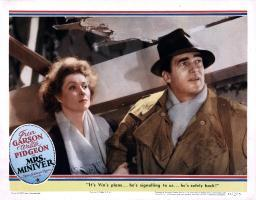 Mrs. Miniver Movie Poster Masterprint EVCMCDMRMIEC013LARGE