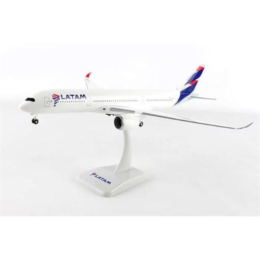 Hogan Wings 1-200 Commercial Models HG10741G Latam Airbus A350-900 with Gear Hogan HG10741G 1-200 Model Airplane