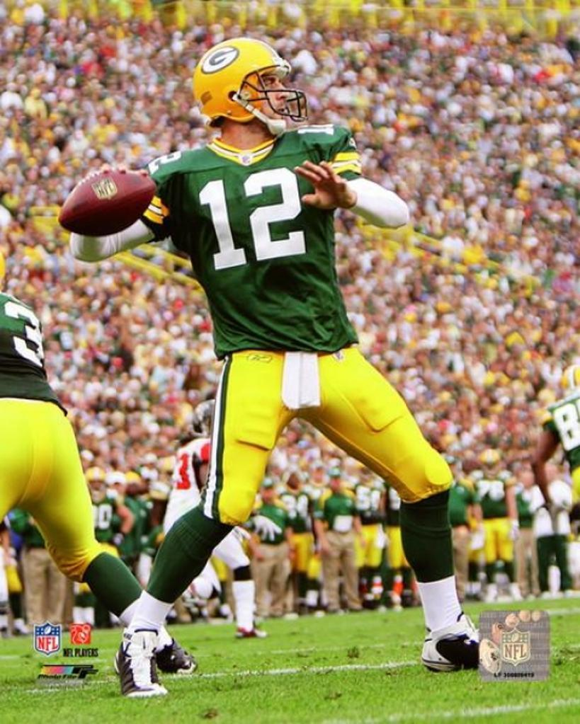 Aaron Rodgers 2008 Passing Action Photo Print