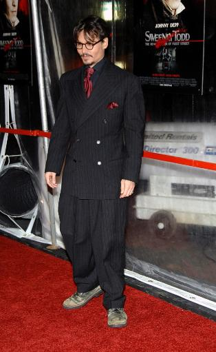 Johnny Depp At Arrivals For New York Premiere Of Sweeney Todd, Ziegfeld Theatre, New York, Ny, December 03, 2007. Photo By George TaylorEverett.
