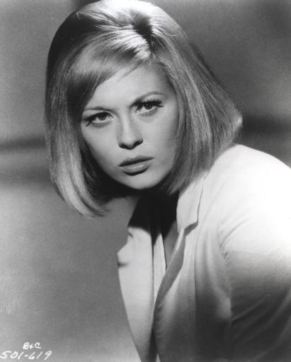 Faye Dunaway Posed in Shirt in Black and White Photo Print