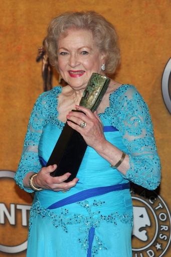 Betty White In The Press Room For 16Th Annual Screen Actors Guild Sag Awards - Press Room, Shrine Auditorium, Los Angeles, Ca January 23, 2010.