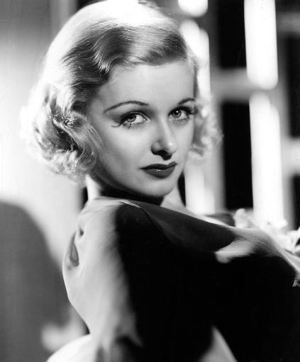 Joan Bennett 1936 After A Makeover From Wally Westmore Designed To Make Her Look Less Like An Ingenue And More Like A Sophisticated Leading Lady.