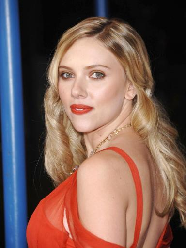 Scarlett Johansson At Arrivals For Vicky Cristina Barcelona Premiere, Mann'S Village Theatre In Westwood, Los Angeles, Ca, August 04, 2008. Photo. 963414
