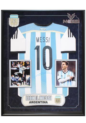 Lionel Messi Autographed Argentina Team Jersey Wood Framed with COA MKHAT8FYRPIINMHI