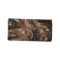Browning BGT1131 Buckmark Camo Bling Wallet for Ladies
