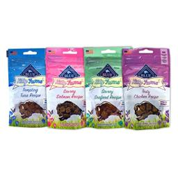 Blue Buffalo Kitty Yums Cat Treats Variety Pack - 4 Flavors (Savory Seafood, Tasty Chicken, Tempting Tuna, and Savory Salmon) - 2 Ounces Each (4 Total Pouches)