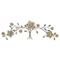 Stratton Home Decor Wood Flower Over the Door Wall Decor