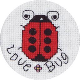 """Love Bug Mini Counted Cross Stitch Kit-2.5"""" Round 18 Count 21-1199"""