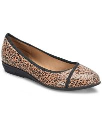 Comfortiva Womens Eaton Leather Almond Toe Ballet Flats, Brown, Size 9.0