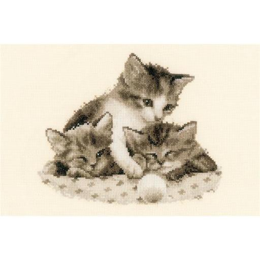 Vervaco V0148985 Three Little Kittens on Aida Counted Cross Stitch Kit, 9 x 8 in. - 14 Count