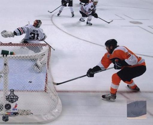 Claude Giroux Game Four of the 2010 NHL Stanley Cup Finals Goal R0CZA3PJL2Z8N6P8