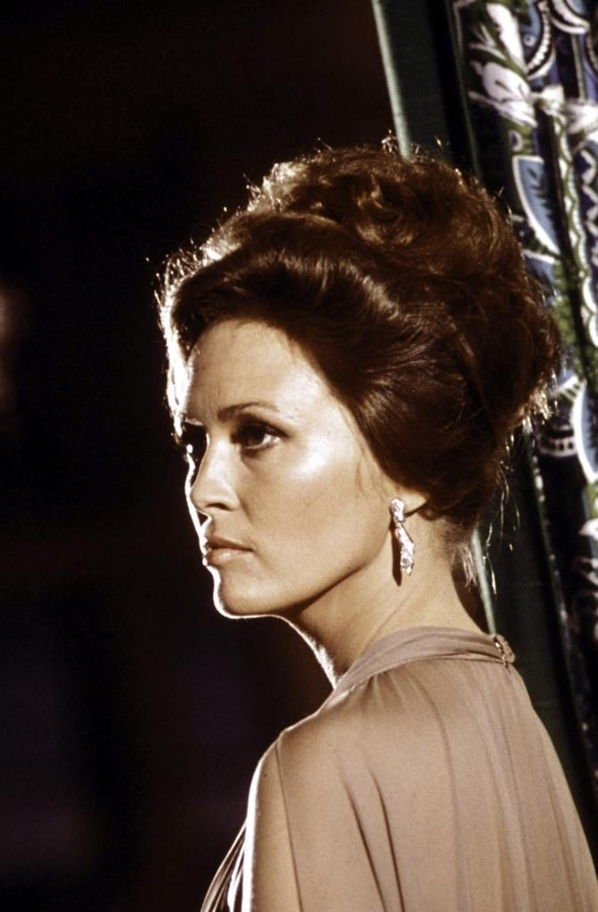 A publicity still of Faye Dunaway for Towering Inferno Photo Print