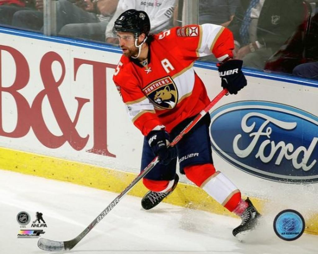 Aaron Ekblad 2016-17 Action Photo Print
