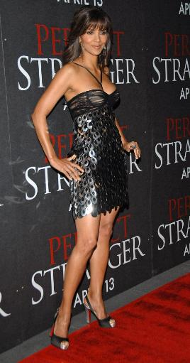 Halle Berry At Arrivals For New York Premiere Of Perfect Stranger, Ziegfeld Theatre, New York, Ny, April 10, 2007. Photo By George TaylorEverett.