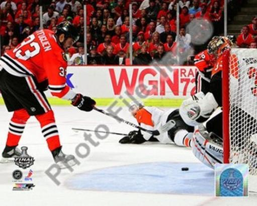 Dustin Byfuglien Game Five of the 2010 NHL Stanley Cup Finals Goal UZ3Z1TODAXVCTC3O