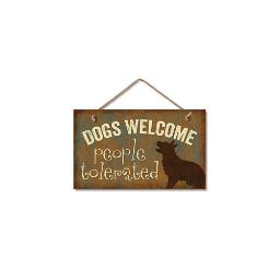 Highland woodcrafters  llc 4100101 9 5x5 5 dogs welcome wood sign
