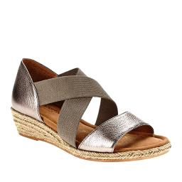 Comfortiva Womens brye Leather Open Toe Casual wedge Sandals