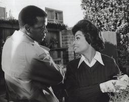 Film still of Barbara McNair and Sidney Poitier in They Call Me Mister Tibbs Photo Print GLP348357