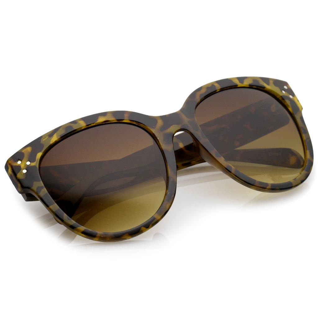 c4f8a4c4df sunglassLA Women s Oversize Horn Rimmed Wide Temple Cat Eye Sunglasses 56mm