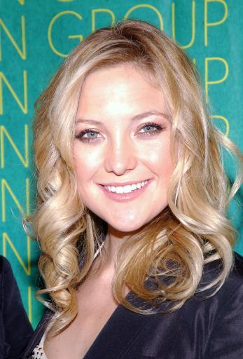 Kate Hudson At The Conceptualist Fashion Group International 21St Annual Night Of Stars At Cipriani'S, Ny, October 28, 2004. Photo Print