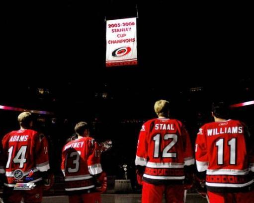 06 / '07 - Hurricanes Stanley Cup Banner Raising Photo Print ZTI5XLQCYH2BR1DC
