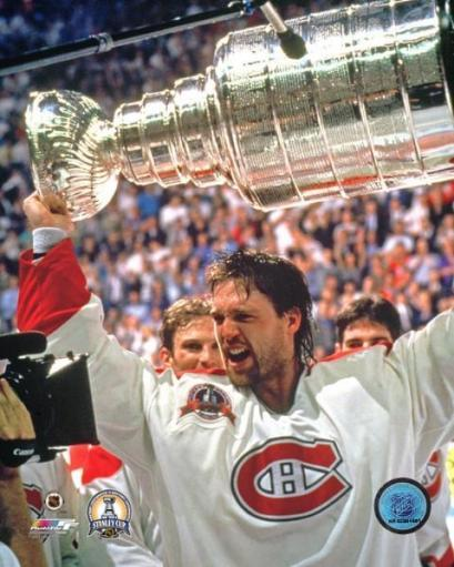Patrick Roy with the 1993 Stanley Cup Photo Print HSGOCUCNSYZIKO0A