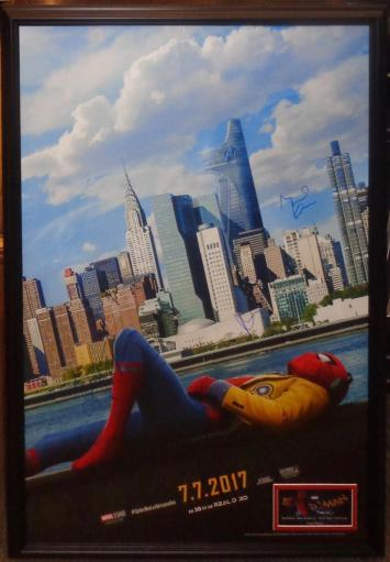 Spider-Man Homecoming Signed Movie Poster Wood Framed 5XDFI2OVBR4I26WC