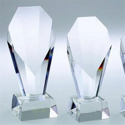 Creative Gifts International 004145 8.25 in. Optic Crystal Fountain Trophy