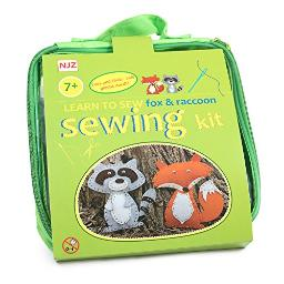 Learn How To Sew Sewing Kit For Kids Age 7 to 12 Easy Diy craft . Felt Animals Sewing With Big Holes For Beginners.