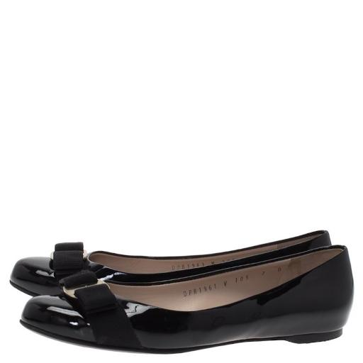 Salvatore Ferragamo Womens Vara Closed Toe Mules Salvatore Ferragamo Womens Vara Closed Toe Mules