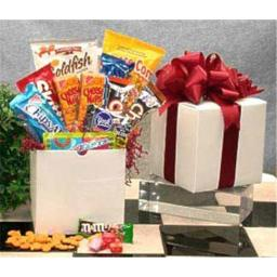 Gift Basket 818015 Small Snack Care Package Gift Baskets