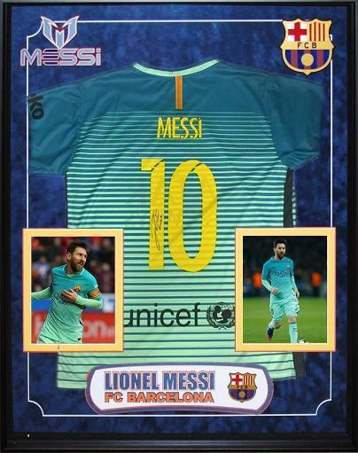pretty nice 67ac6 eaee5 Lionel Messi Signed Unicef FC Barcelona Jersey Custom Framed