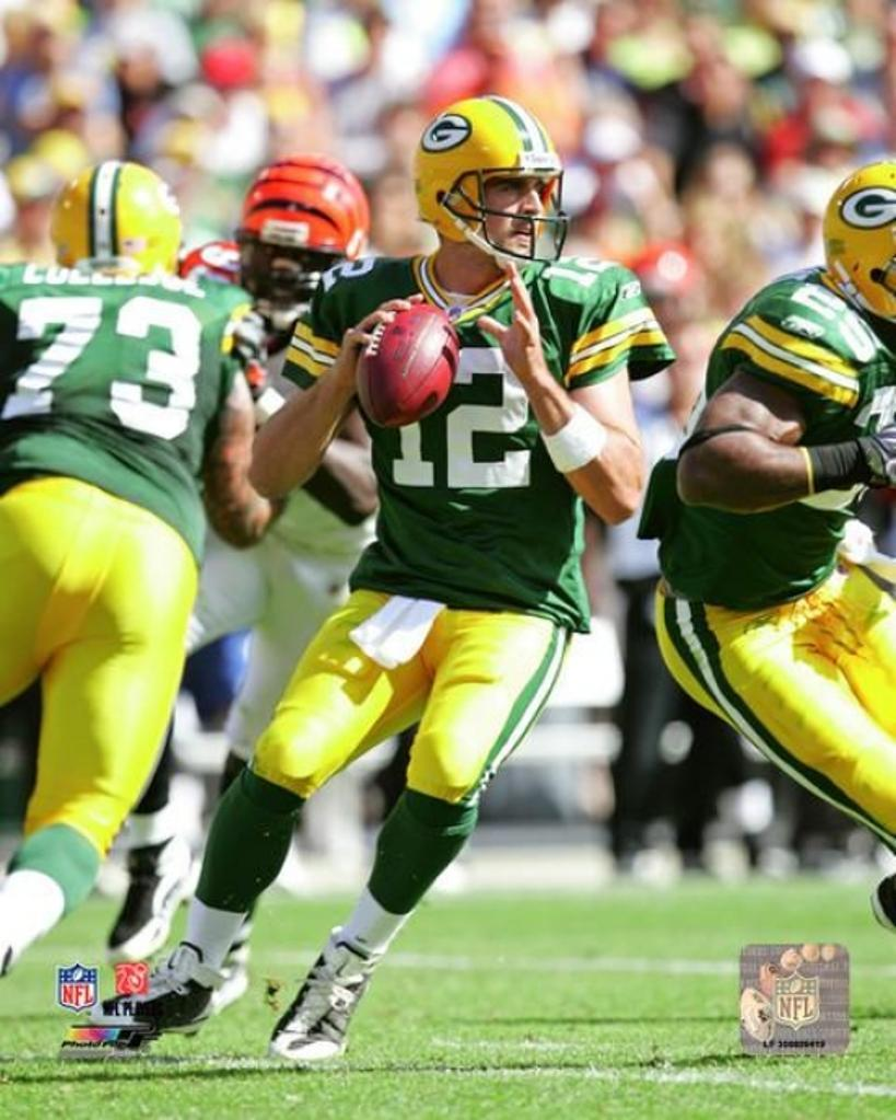 Aaron Rodgers 2009 Action Photo Print
