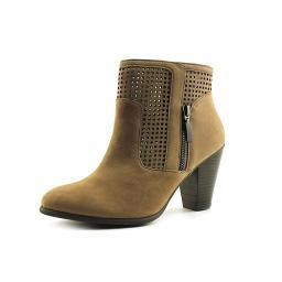 adam-tucker-brandi-leather-ankle-booties-c0mec8bh1vstkicq