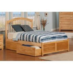 Windsor Queen Flat Panel Foodboard with Flat Panel Bed Drawers in Natural
