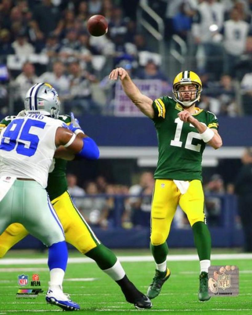 Aaron Rodgers 2016 NFC Divisional Playoff Game Photo Print