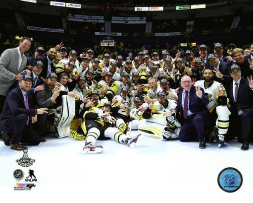 The Pittsburgh Penguins celebrate winning Game 6 of the 2017 Stanley Cup Finals Photo Print IF1NMYIM2PVUXUES