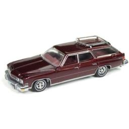 Auto World New 1:64 Muscle Wagons USA 2018 Collection - 1974 Estate Wagon Burgundy Poly Diecast Model Car