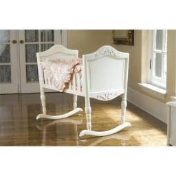Green Frog 1000W Antique White Cradle