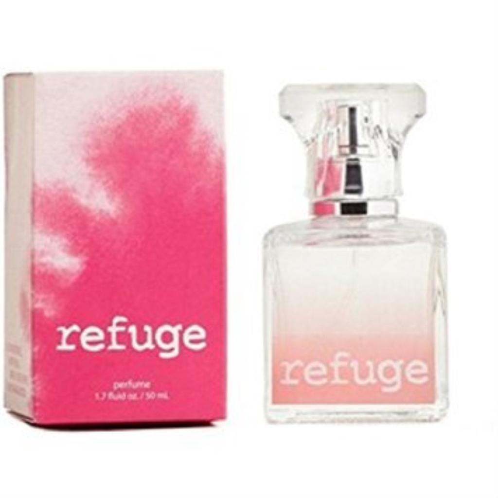 Charlotte Russe Refuge Perfume 1.7 Ounce Blended Pink Box Retired Version Raspberries Peach Green Apple and Sandalwood