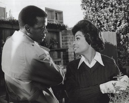 Film still of Barbara McNair and Sidney Poitier in They Call Me Mister Tibbs Photo Print WJNYK7RQSQPTBIDM